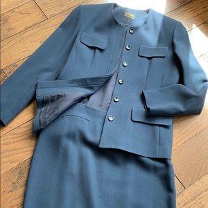 LOUBEN size 10 suit